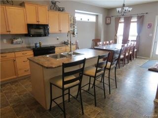 Photo 2: 18 Harding Crescent in WINNIPEG: St Vital Residential for sale (South East Winnipeg)  : MLS®# 1403804