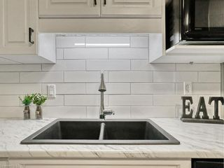 Photo 13: 659 WOODCREST Boulevard in London: South M Residential for sale (South)  : MLS®# 40137786