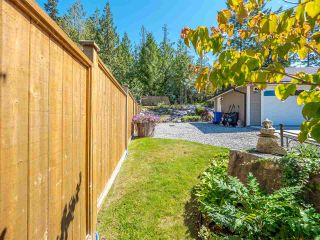"""Photo 23: 5557 PEREGRINE Crescent in Sechelt: Sechelt District House for sale in """"SilverStone Heights"""" (Sunshine Coast)  : MLS®# R2492023"""