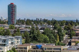 """Photo 6: 1405 4165 MAYWOOD Street in Burnaby: Metrotown Condo for sale in """"Place on the Park"""" (Burnaby South)  : MLS®# R2116155"""