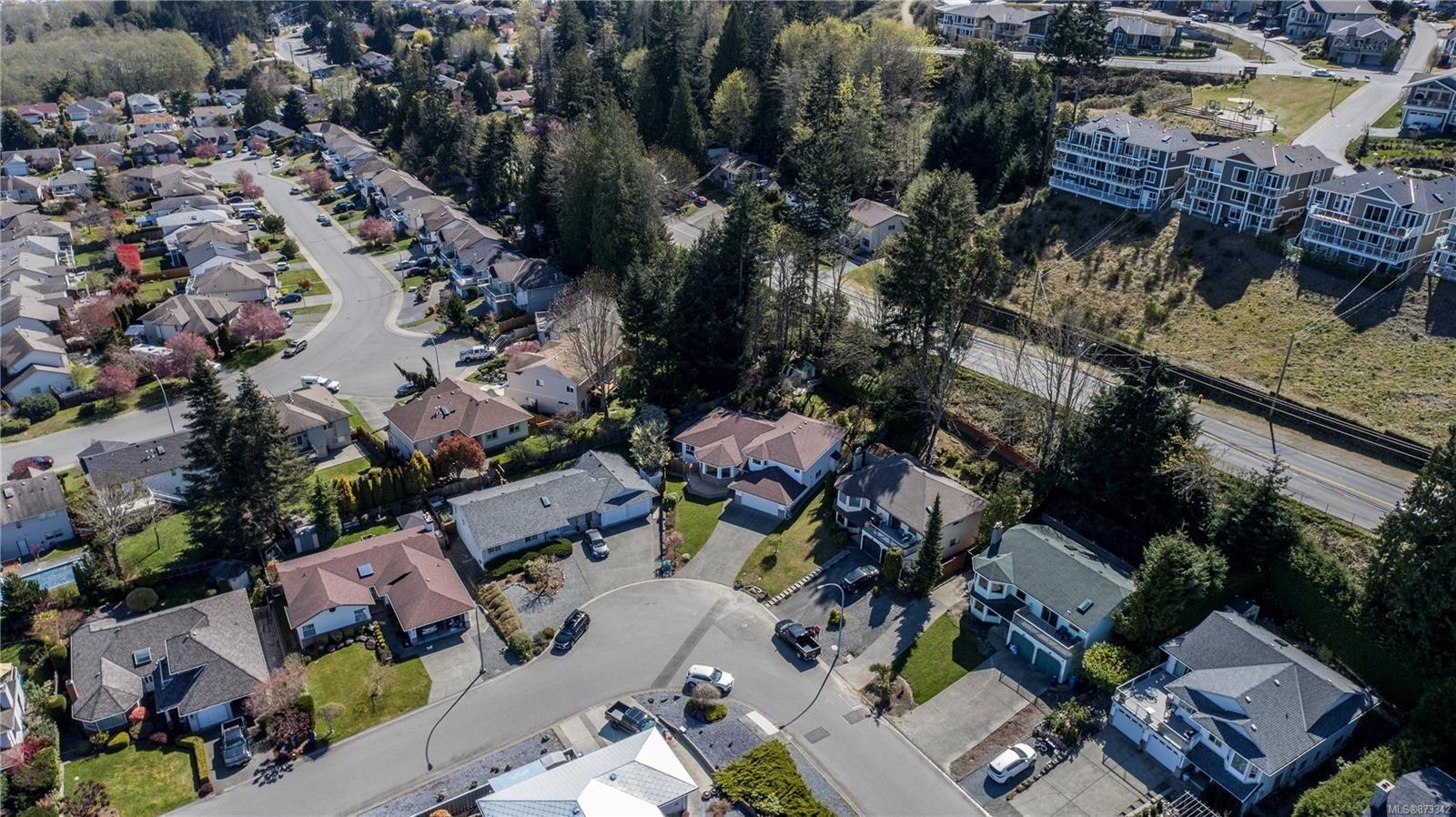 Photo 11: Photos: 5294 Catalina Dr in : Na North Nanaimo House for sale (Nanaimo)  : MLS®# 873342