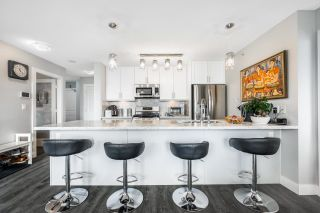 Main Photo: 905 4333 CENTRAL Boulevard in Burnaby: Metrotown Condo for sale (Burnaby South)  : MLS®# R2628661