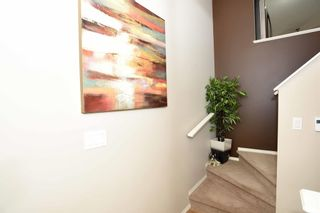 Photo 4: 2002 TANNER Wynd in Edmonton: Zone 14 House for sale : MLS®# E4255376