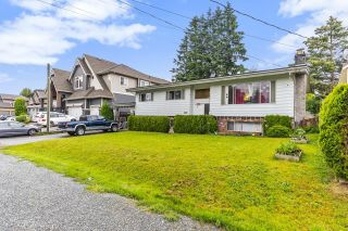 Photo 2: 2514 LILAC Crescent in Abbotsford: Abbotsford West House for sale : MLS®# R2593341