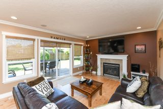 Photo 6: 633 Expeditor Pl in : CV Comox (Town of) House for sale (Comox Valley)  : MLS®# 876189