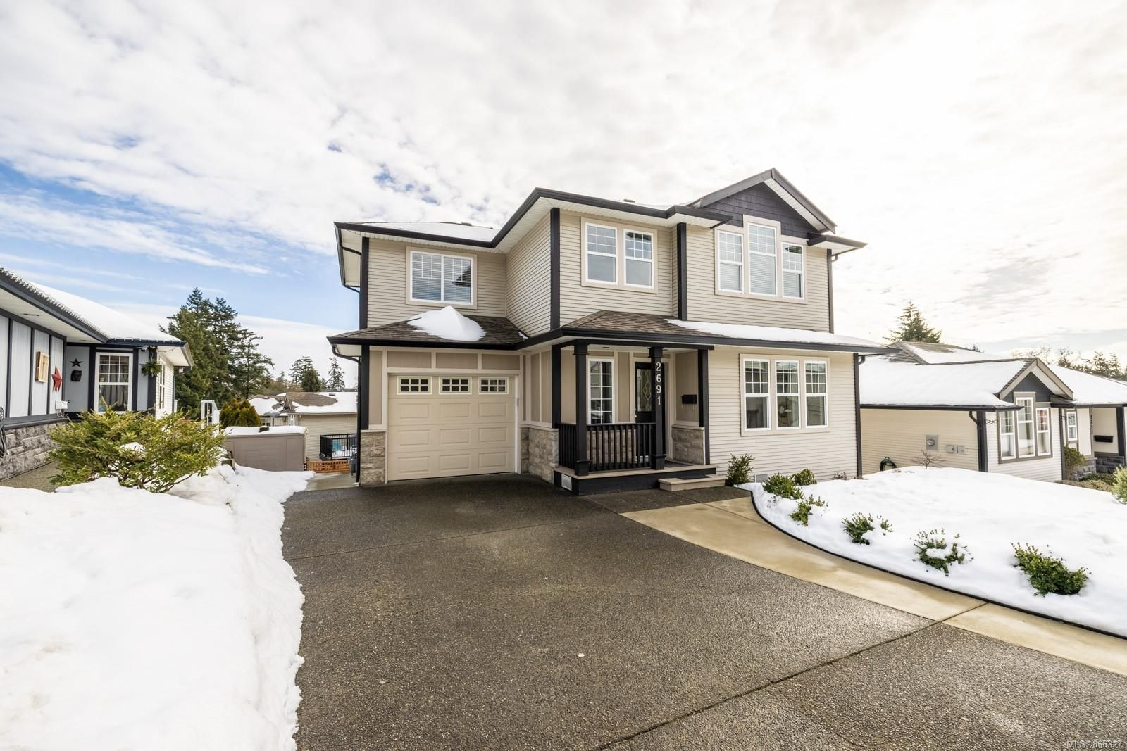 Main Photo: 2691 Winster Rd in Langford: La Mill Hill House for sale : MLS®# 866327
