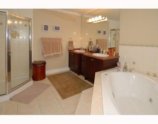 "Photo 8: 7291 WILLIAMS Road in Richmond: Broadmoor House for sale in ""BROADMOOR"" : MLS®# V808791"