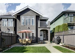 Photo 10: 315 E 12TH Street in North Vancouver: Central Lonsdale 1/2 Duplex for sale : MLS®# V999868