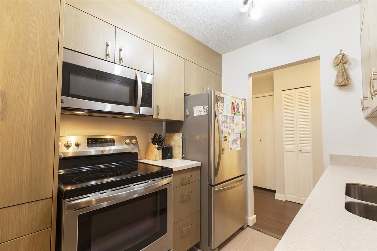 """Photo 6: Photos: 307 708 EIGHTH Avenue in New Westminster: Uptown NW Condo for sale in """"Villa Franciscan"""" : MLS®# R2329008"""