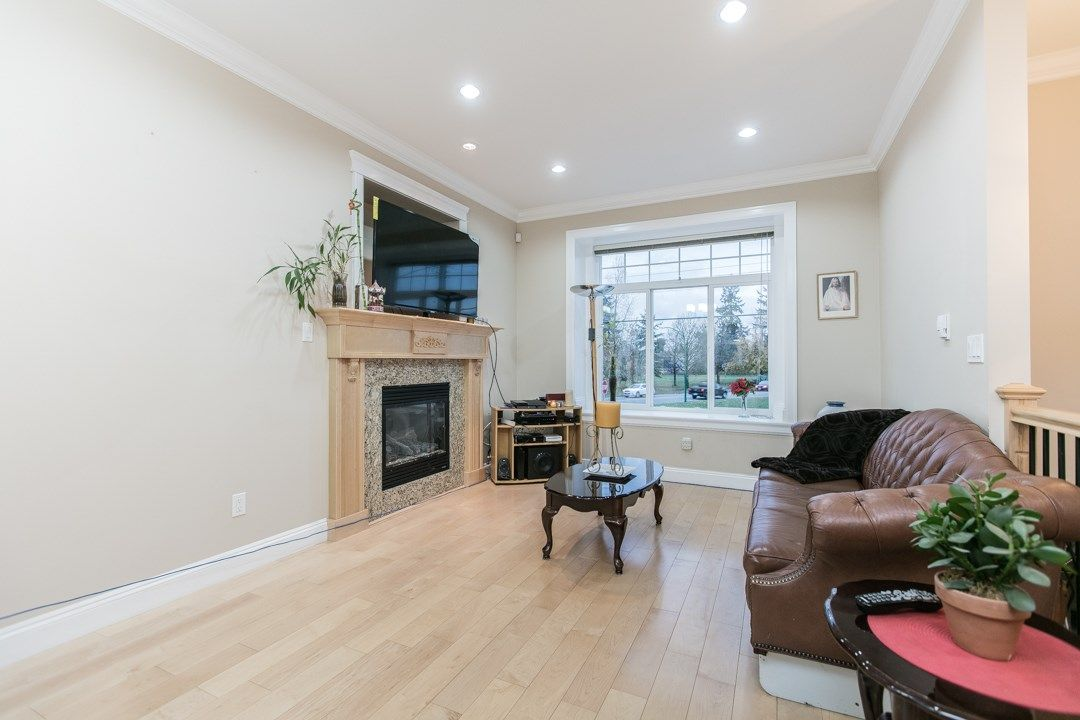 Main Photo: 7518 4TH Street in Burnaby: East Burnaby House for sale (Burnaby East)  : MLS®# R2015558