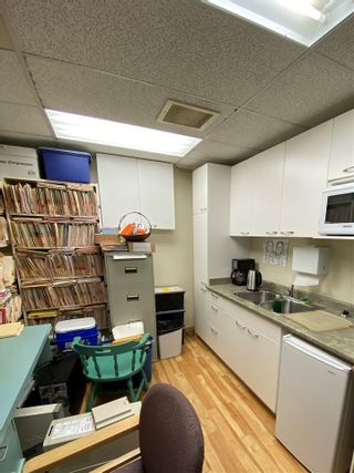 Photo 11: 4313 GALLANT Avenue in North Vancouver: Deep Cove Office for sale : MLS®# C8036729