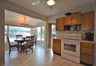 Photo 10: 4760 SINCLAIR BAY Road in Garden Bay: Pender Harbour Egmont House for sale (Sunshine Coast)  : MLS®# R2607231