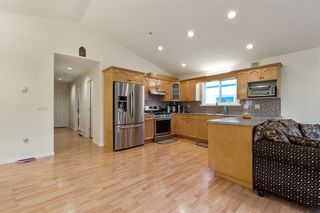 Photo 3: 2146 MARY HILL ROAD in Port Coquitlam: Central Pt Coquitlam House for sale : MLS®# R2517104
