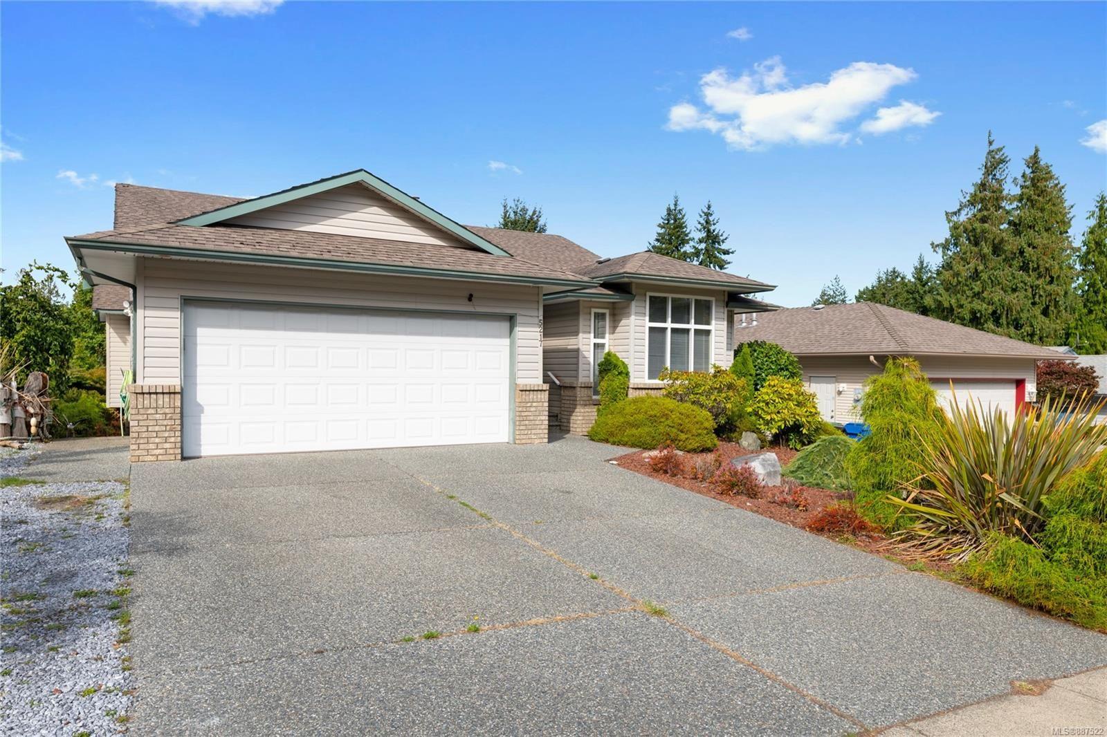 Main Photo: 5217 Fox Pl in Nanaimo: Na North Nanaimo House for sale : MLS®# 887522