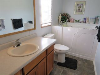"""Photo 17: 61 5742 UNSWORTH Road in Sardis: Vedder S Watson-Promontory Manufactured Home for sale in """"Cedar Grove"""" : MLS®# R2405974"""