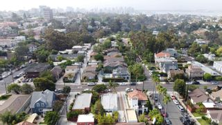 Photo 5: HILLCREST House for sale : 3 bedrooms : 236 W Robinson Ave in San Diego