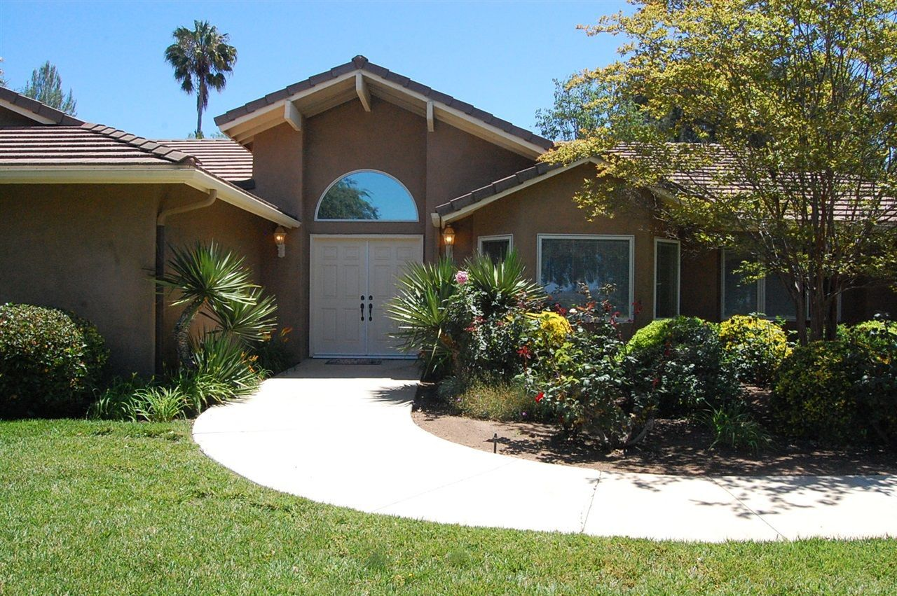 Main Photo: VALLEY CENTER House for sale : 3 bedrooms : 30715 Ranch Creek Rd