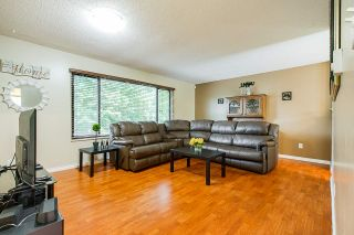 Photo 3: 10619 141 Street in Surrey: Whalley House for sale (North Surrey)  : MLS®# R2398756