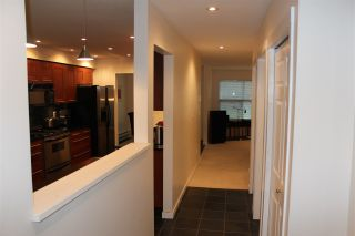 """Photo 2: 91 36060 OLD YALE Road in Abbotsford: Abbotsford East Townhouse for sale in """"Mountain View"""" : MLS®# R2549641"""
