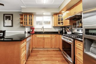 Photo 7: 1368 MARY HILL Lane in Port Coquitlam: Mary Hill 1/2 Duplex for sale : MLS®# R2603291