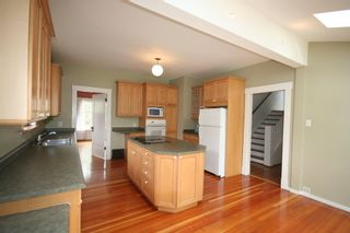 Photo 8: 3341 West 34th Avenue in Vancouver: Home for sale
