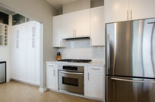 """Photo 11: 3201 1199 SEYMOUR Street in Vancouver: Downtown VW Condo for sale in """"BRAVA"""" (Vancouver West)  : MLS®# R2462993"""
