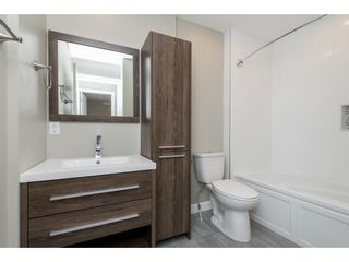 """Photo 18: 51 8737 212 Street in Langley: Walnut Grove Townhouse for sale in """"Chartwell Green"""" : MLS®# R2448561"""