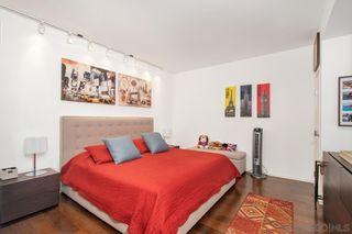Photo 11: LA JOLLA Condo for sale : 3 bedrooms : 1001 Genter Street #5D
