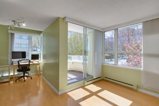 """Photo 2: 401 1406 HARWOOD Street in Vancouver: West End VW Condo for sale in """"JULIA COURT"""" (Vancouver West)  : MLS®# R2568055"""