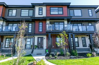 Photo 3: 8271 CHAPPELLE Way in Edmonton: Zone 55 Attached Home for sale : MLS®# E4261820