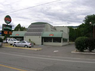 Photo 1: 1789 East Trans Canada Highway in Kamloops: Valleyview Commercial for sale : MLS®# 104706