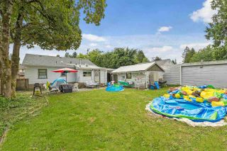 Photo 3: 21555 121 Avenue in Maple Ridge: West Central House for sale : MLS®# R2587930