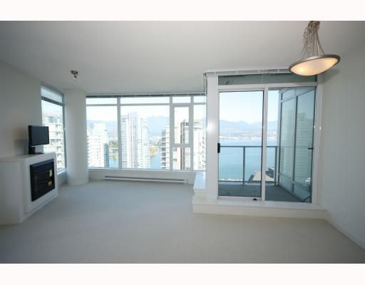 """Photo 1: Photos: 2701 1188 W PENDER Street in Vancouver: Coal Harbour Condo for sale in """"SHAPPHIRE"""" (Vancouver West)  : MLS®# V790032"""