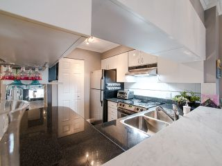 """Photo 2: 303 1226 HAMILTON Street in Vancouver: Yaletown Condo for sale in """"GREENWICH PLACE"""" (Vancouver West)  : MLS®# R2056690"""