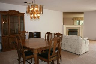 Photo 5: 206 14957 THRIFT AVENUE in Whitecliff by the sea: White Rock Home for sale ()  : MLS®# R2258611