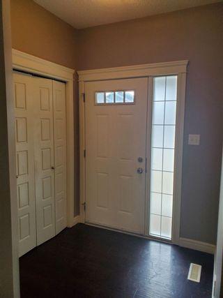 Photo 3: 2836 16 Avenue in Edmonton: Zone 30 House Half Duplex for sale : MLS®# E4220273