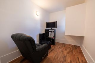 Photo 5: 2581 & 2583 Vancouver St in Victoria: Vi Hillside Full Duplex for sale : MLS®# 886669