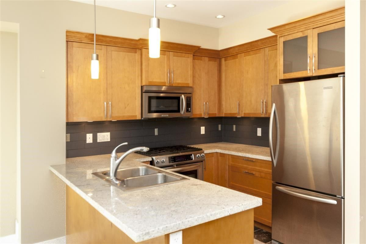 """Photo 6: Photos: 230 BROOKES Street in New Westminster: Queensborough Condo for sale in """"MARMALADE SKY"""" : MLS®# R2227359"""