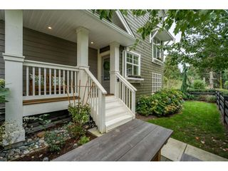 """Photo 2: 5 288 171 Street in Surrey: Pacific Douglas Townhouse for sale in """"Summerfield"""" (South Surrey White Rock)  : MLS®# R2508746"""