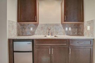 Photo 4: 925 ARMITAGE Court in Edmonton: Zone 56 House for sale : MLS®# E4247259
