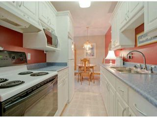 """Photo 2: # 202 15369 THRIFT AV: White Rock Condo for sale in """"Anthea Manor"""" (South Surrey White Rock)  : MLS®# F1317964"""