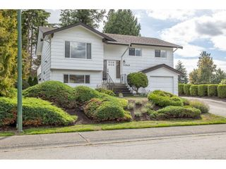 """Photo 2: 34662 ST. MATTHEWS Way in Abbotsford: Abbotsford East House for sale in """"McMillan"""" : MLS®# R2616255"""