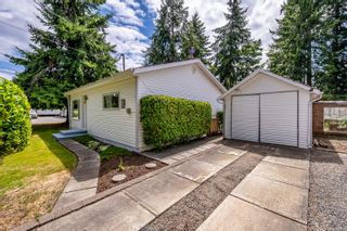 Photo 1: 2103 Saratoga Rd in : CV Merville Black Creek House for sale (Comox Valley)  : MLS®# 882295