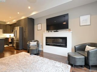 Photo 5: 115 300 Phelps Ave in VICTORIA: La Thetis Heights Row/Townhouse for sale (Langford)  : MLS®# 800789