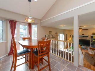 Photo 5: 1560 Beaconsfield Cres in COMOX: CV Comox (Town of) House for sale (Comox Valley)  : MLS®# 755491