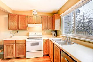 """Photo 8: 3614 HANDEL Avenue in Vancouver: Champlain Heights Townhouse for sale in """"ASHLEIGH HEIGHTS"""" (Vancouver East)  : MLS®# R2257474"""