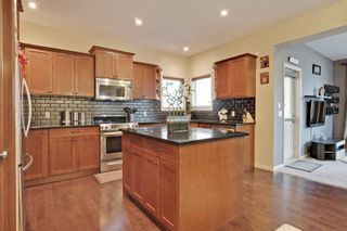 Photo 6: 2 Aspen Hills Manor SW in Calgary: House for sale : MLS®# C3622296