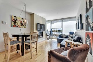 """Photo 2: 2106 1111 ALBERNI Street in Vancouver: West End VW Condo for sale in """"SHANGRI-LA"""" (Vancouver West)  : MLS®# R2614288"""