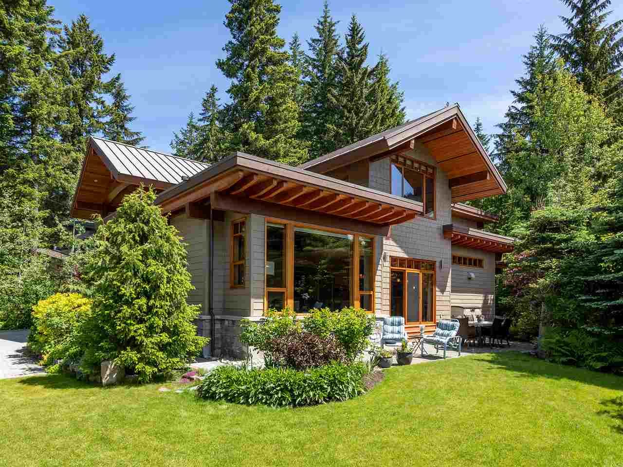 Photo 2: Photos: 3217 ARCHIBALD WAY in Whistler: Alta Vista House for sale : MLS®# R2468991