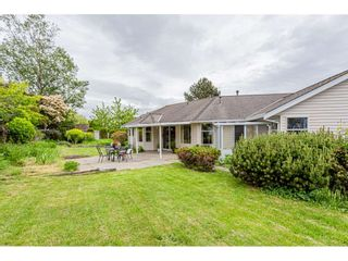 Photo 17: 14041 19A Avenue in Surrey: Sunnyside Park Surrey House for sale (South Surrey White Rock)  : MLS®# R2457646